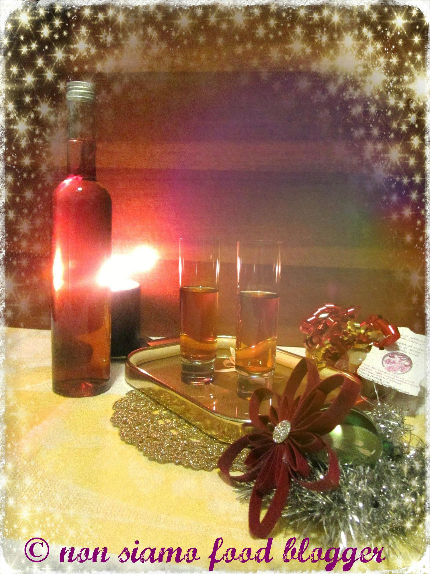 Liquore fatto in casa nonsiamofoodblogger for Un liquore tonico
