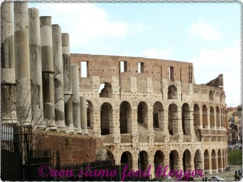 Il Colosseo visto dal Foro